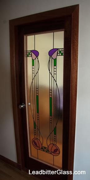charles_rennie_mackintosh_leaded_glass_door