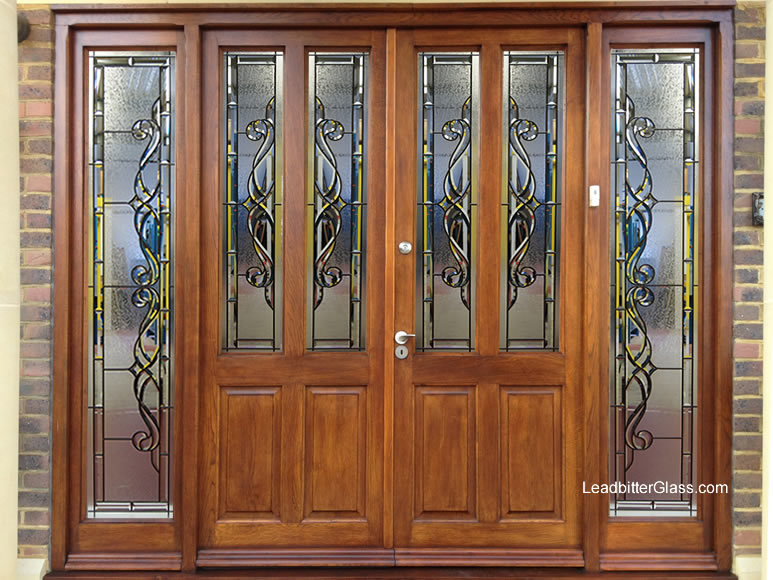 traditional_bevelled_glass_entryway